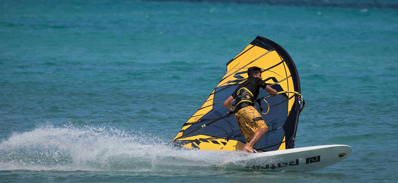 acz slalom 2 kembrova plachta na windsurfing point7 black